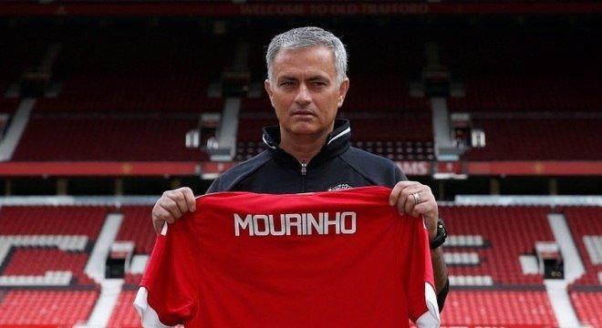 O técnico José Mourinho, demitido pelo Manchester United no ano passado